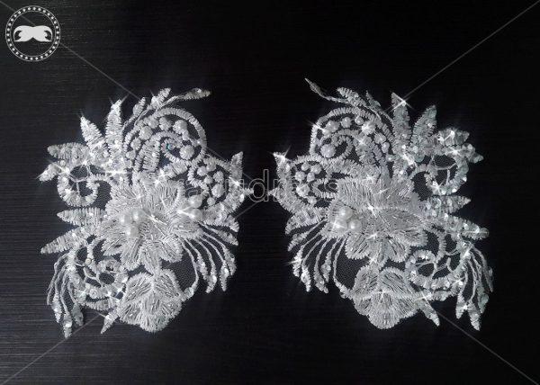 اپلیکه لباس عروس